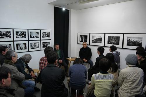 対談 / 北井一夫さん(左)、加納典明さん(右)Kazuo Kitai-san (left) and Tenmei Kanoh-san (right)
